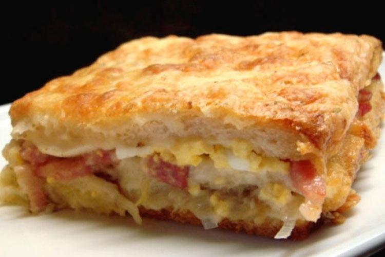 Empanada Sandwich
